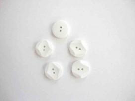 Kunststof knoop met hoekjes Wit 18mm. 300-S11
