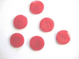 5e Kunststof knoop met hoekjes Rood 20mm. 304-S11