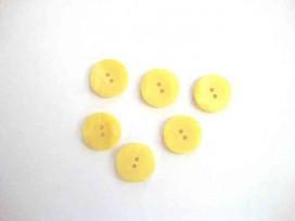 5j Kunststof knoop met hoekjes Geel 18mm. 309-S11