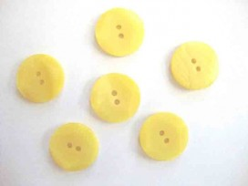 Kunststof knoop met hoekjes Geel 20mm. 310-S11