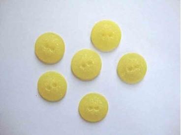 5p Kunststof knoop mat gespikkeld Geel 22mm. 415-S13