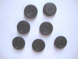 Kunststof knoop mat met cirkel Donkerbruin 18mm. 470-S15