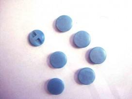 Kunststof knoop in 2 maten Glad Lichtblauw 18 mm doorsnee.
