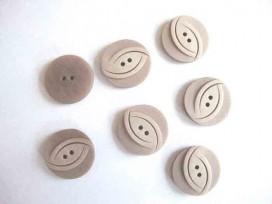 Kunststof knoop in 2 maten Lichtbruin/taupe met ovaal 25 mm. kk2m-1023