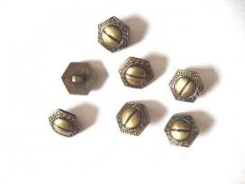 Metal look knoop Oud goud 6 hoekig 18 mm.