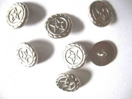 5q Metal look knoop Zilver met ster 22 mm. ml1126