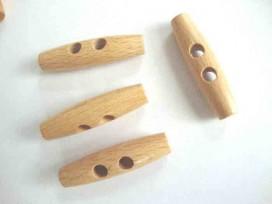 Een 2-gaats houtje/touwtje knoop.  50 mm. lang