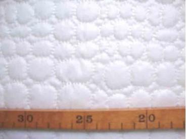Gewatteerde voering Wit met cirkels 6198-50U