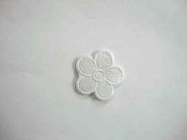 Witte bloem applicatie met een wit randje