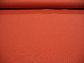 Een effen oranje katoen die past bij de oranje boerenbont ruiten, stippen en combi stoffen.  100% katoen  1.45 meter breed