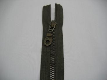 Antiek messingrits deelbaar legergroen 30 cm.