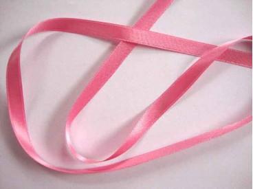 Roze satijnlint dubbelzijdig van 8 mm. breed.