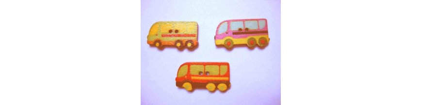 C: Houten knopen gekleurd Bus