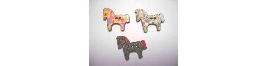 F: Houten knopen gekleurd Paard