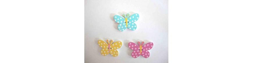 N: Houten knopen gekleurd Vlinder met stip
